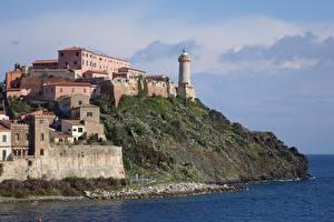 Картинка Остров Маяки Италия Portoferraio, Island Of Elba, Tuscan archipelago город