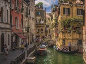 Обои Италия Лодки Катера Венеция Водный канал Улиц
