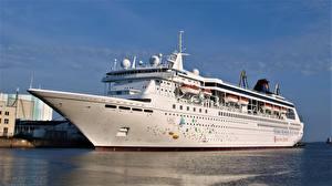 Фото Причалы Корабли Круизный лайнер SuperStar Libra