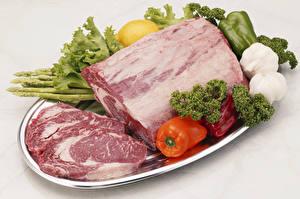 Картинка Мясные продукты Овощи Перец Чеснок Свинина