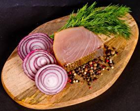 Фото Лук репчатый Пряности Рыба Укроп Разделочная доска Нарезанные продукты Пища