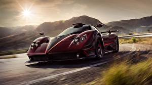 Обои Pagani Движение Бордовая Zonda 2017 Fantasma Evo Игры Автомобили