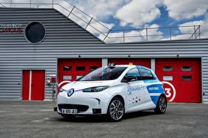 Фото Renault Такси - Автомобили Белые 2018 Zoe Robot Taxi Experimentation Vehicle машины