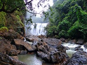 Картинка Камень Речка Водопады Индия Sathodi Waterfall, Kali Gandaki River Природа