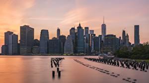 Картинка США Небоскребы Рассветы и закаты Нью-Йорк Манхэттен Мегаполис