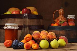 Обои для рабочего стола Бочка Варенье Груши Сливы Абрикос Бутылка Банке Продукты питания