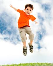 Обои Мальчики Прыжок Дети картинки