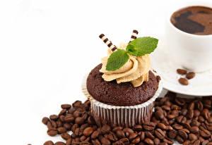 Обои Капкейк кекс Кофе Белым фоном Зерна Дизайн Листва Мята Пища