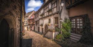 Обои Франция Дома Улица Уличные фонари Eguisheim город