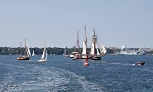 Обои для рабочего стола Германия Корабль Парусные Baltic sea, Mecklenburg город