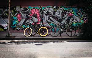 Обои Граффити Стенка Улице Велосипед Города