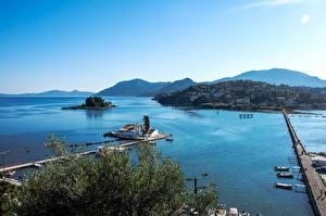 Картинки Греция Мосты Причалы Остров Залива Corfu Природа