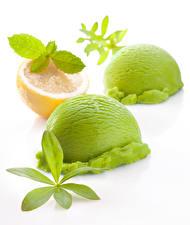 Обои Мороженое Лимоны Белым фоном Шар Вдвоем Салатовая Зеленых Еда