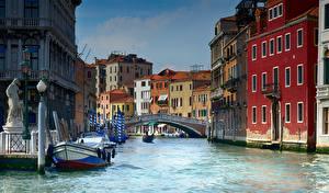 Картинки Италия Здания Мост Венеция Водный канал