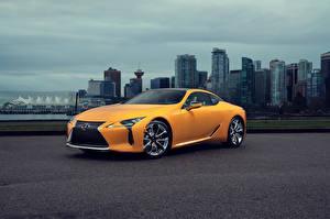 Фотография Lexus Желтая 2019 LC 500 Inspiration Series Автомобили