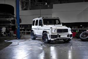 Картинка Мерседес бенц G-класс Белые SUV 2019 Urban Automotive AMG G 63 машины