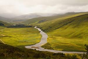 Картинка Шотландия Реки Луга Холм Тумане Природа