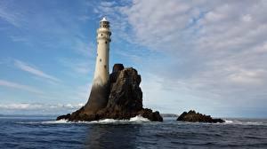 Фото Море Остров Маяки Ирландия Скалы Fastnet Rock