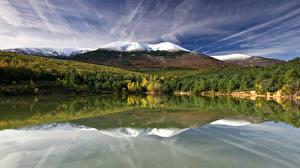 Обои Испания Горы Озеро Лес Navarra Природа