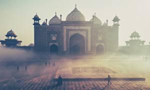 Картинка Тадж-Махал Индия Утро Мечеть Туман mausoleum, Agra, India Uttar Pradesh