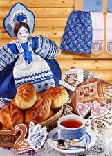 Картинки Чай Скатерть Печенье Булочки Куклы Чашке Продукты питания