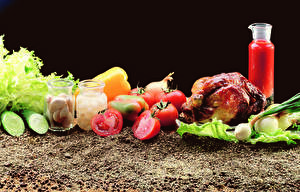 Обои для рабочего стола Овощи Помидоры Чеснок Огурцы Курица запеченная Банка Пища