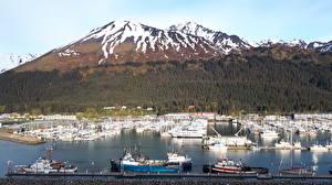 Обои Аляска США Горы Леса Пристань Яхта Снега Заливы Seward Города