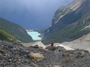 Картинка Канада Озеро Камень Горы Парки Банф Утес Путешественник lake Louise, Rocky Mountains, Alberta Природа