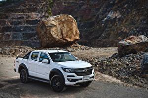 Картинка Шевроле Белые Пикап кузов 2019 Colorado Trail Boss Double Cab машина