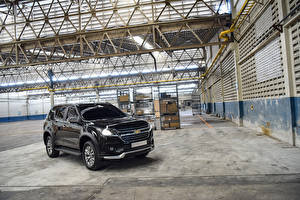 Фотография Chevrolet Черная Металлик 2019 TrailBlazer LTZ Perfect Edition II Автомобили