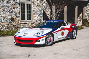 Фотография Шевроле Стайлинг Белая 2006 Corvette Z06 Indianapolis 500 Pace Car авто