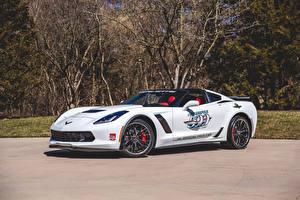 Картинки Шевроле Тюнинг Белая 2015 Corvette Z06 Indy 500 Pace Car Автомобили