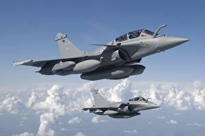 Фото Самолеты Истребители Полет Французский Dassault Rafale Авиация