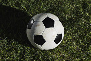 Обои Футбол Мячик Траве