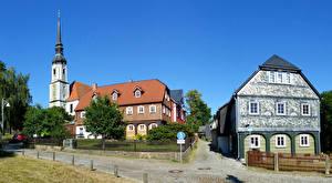 Фото Германия Здания Улиц Забора Уличные фонари Kirchen город
