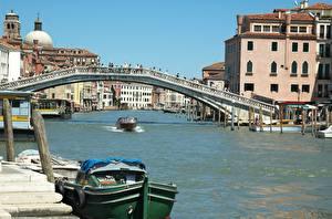 Фотографии Дома Катера Мосты Италия Водный канал Венеция Scalzi Bridge, Grand canal