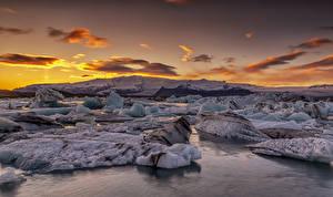 Обои Исландия Рассветы и закаты Берег Лед Природа