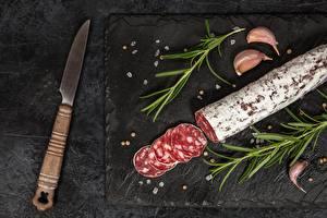 Фотография Нож Колбаса Нарезанные продукты Еда