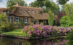 Фотографии Нидерланды Дома Гортензия Особняк Дизайна Водный канал Giethoorn Overijssel Города