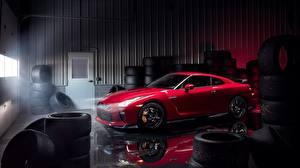 Обои Ниссан Красная Гараже Металлик GT-R Track Edition 2017