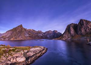Картинки Норвегия Лофотенские острова Горы Заливы Природа