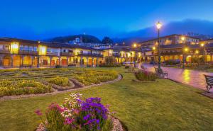 Картинки Перу Здания Вечер HDRI Уличные фонари Скамейка Газон Cusco