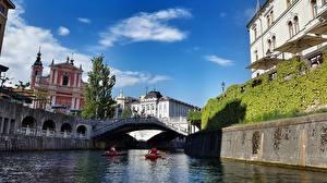 Фотографии Словения Лодки Речка Мосты Дома Ljubljanica river Ljubljana Города