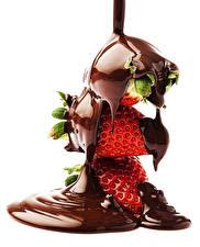 Обои для рабочего стола Клубника Шоколад Белом фоне Пища