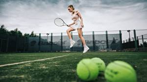 Обои Теннис Ноги Прыгает Katrin Sarkozy, Anton Harisov Спорт Девушки