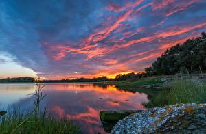 Картинки Великобритания Берег Рассветы и закаты Небо Реки Poole harbour Природа