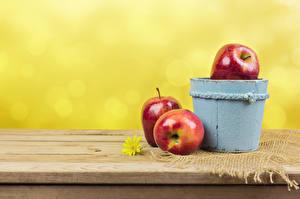 Обои Яблоки Ведра Втроем Пища