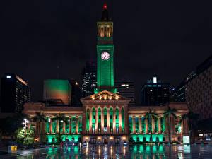 Фотографии Австралия Брисбен Здания Часы В ночи Уличные фонари Города