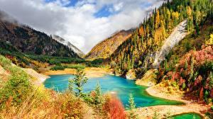 Фотографии Осенние Гора Озеро Китай Парки Цзючжайгоу парк Пейзаж Sichuan province Природа