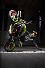 Обои БМВ Мотоциклист Шлем 2015 Concept Stunt G 310 Мотоциклы
